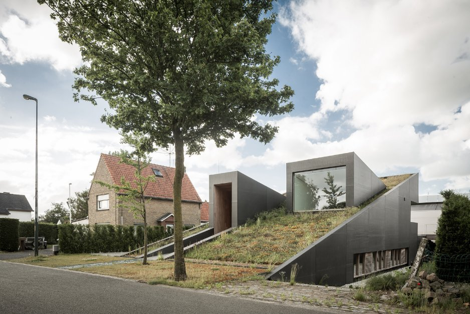 Belçika'da Tasarlanan Yeraltı Evi Göz Kamaştırıyor