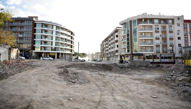 Manisa'dan İzmir'e Girişte Yeni Yollar Açılıyor