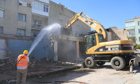 İzmir'in En Büyük Sosyal Marketinde İnşaat Başladı