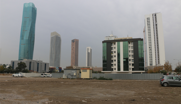 Büyük İnşaat Firmaları İzmir'de Arsa Arayışında!