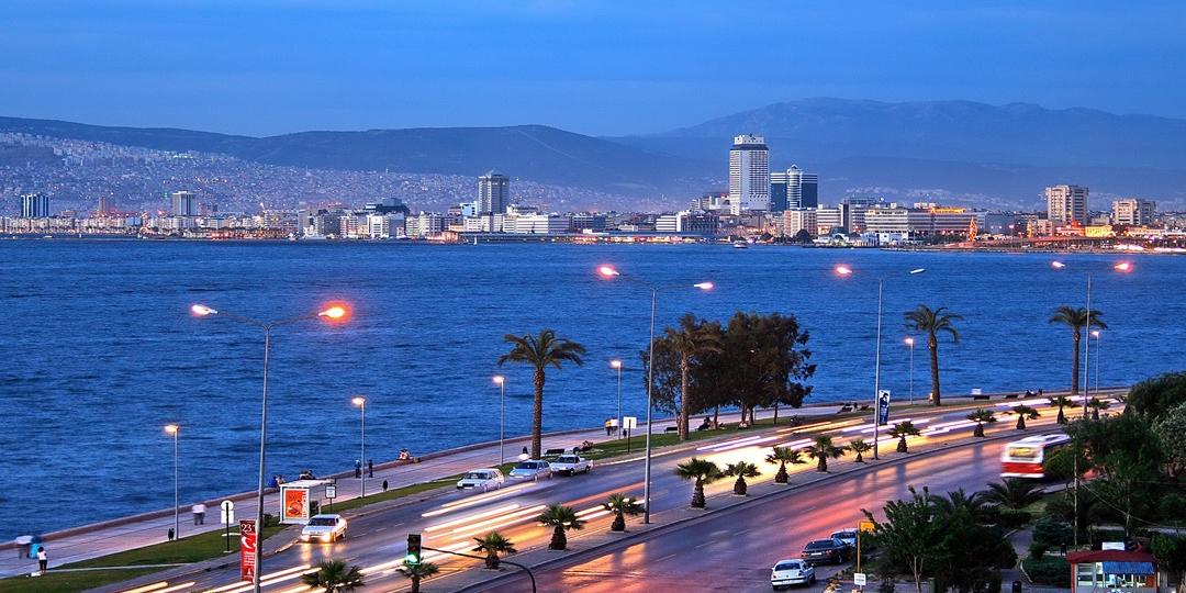 İstanbullular İzmir'e, İzmirliler Kadıköy'e Taşınıyor!