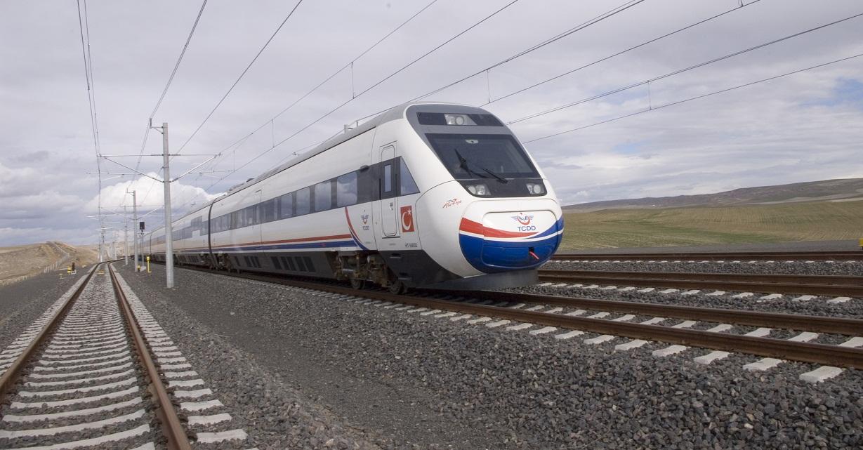 Ankara-İzmir Hızlı Tren Projesi 2020'de Tamamlanacak