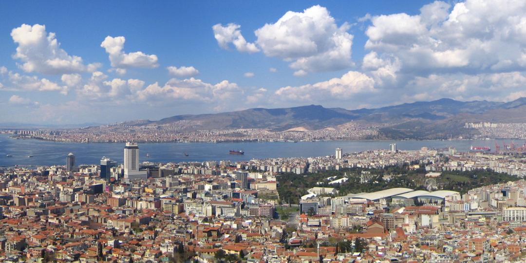 İzmir'de 7 Semtin İmar Plan Değişikliği Askıya Çıktı