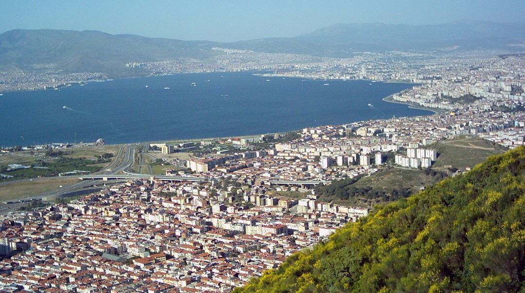 İzmir'in 1/25000'lik Planlarına İtiraz Yağmuru