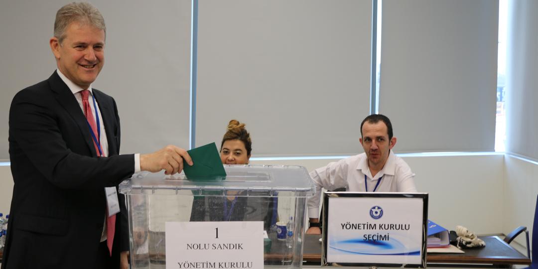 İzmir Ticaret Odası'nın Yeni Başkanı Mahmut Özgener