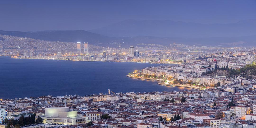İzmir Emlakta Dünyanın 2 Numarası Oldu