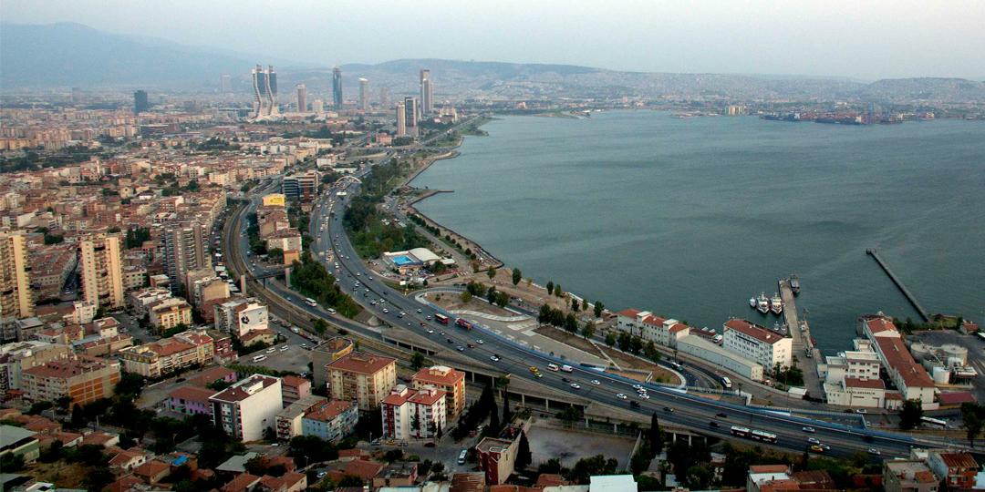 İzmir'de Ofislerin Metrekare Kiraları 5-11 Dolar Aralığında