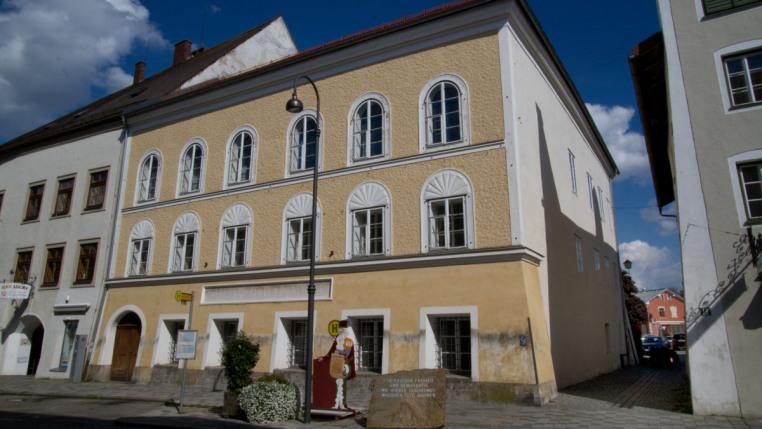 Hitler'in Avusturya'daki Evi Yıkılıyor