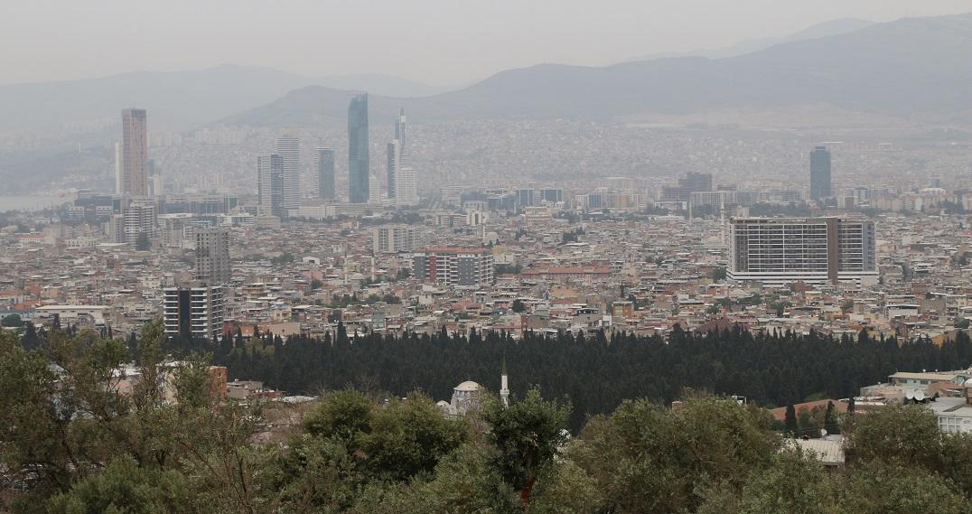 İzmir'de 10 Semtin İmar Planları Askıya Çıktı