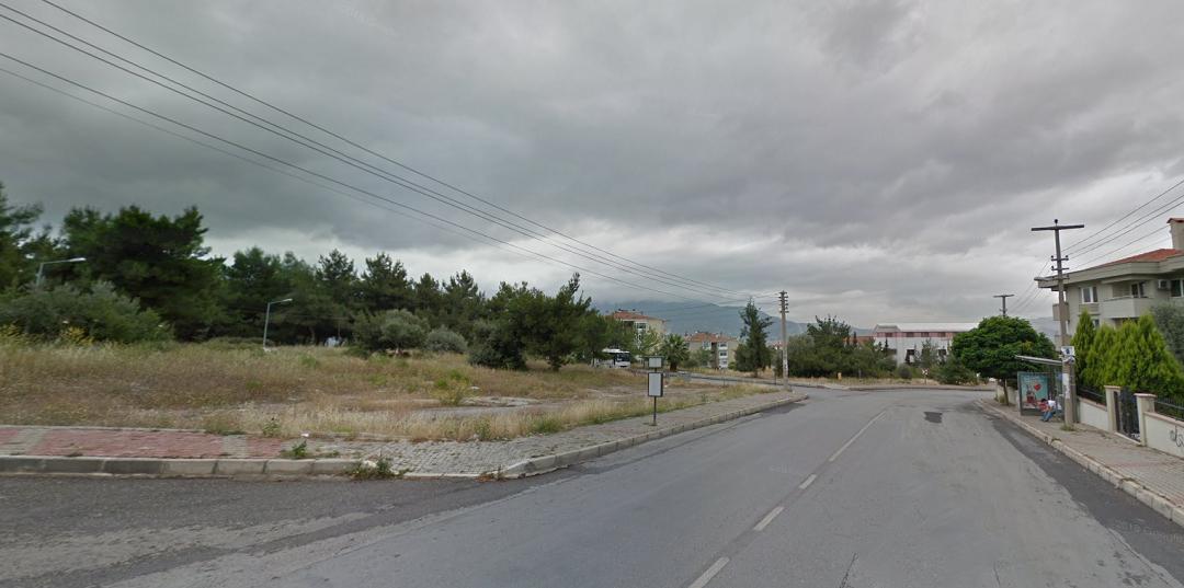 Bornova Belediyesi'nden 11.4 Milyon TL'ye Satılık 3 Arsa