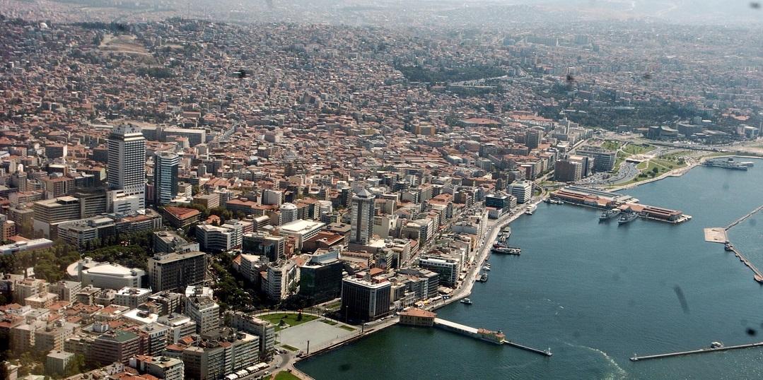 İzmir'de Son 1 Ayda Konut Fiyatlarının En Çok Arttığı/Azaldığı İlçeler