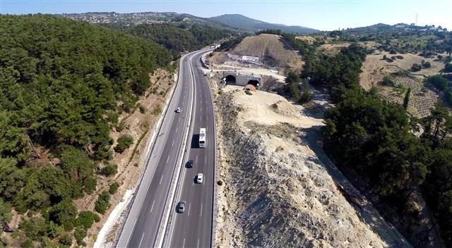 Sabuncubeli Tüneli'nin Yüzde 70'i Tamamlandı