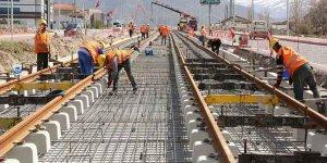 Demiryolu İhalesi Yüksek Fiyat Veren Cengiz İnşaat Aldı: Bakan 'Fiyat Dışı Etken' Dedi
