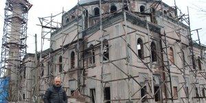 Muhtar İnşaatı Bitmeyen Camiyi Satılığa Çıkardı