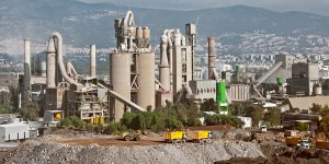 İnşaatlar Durdu, Çimento Üretimi Kapasitesi Yüzde 60'a Düştü